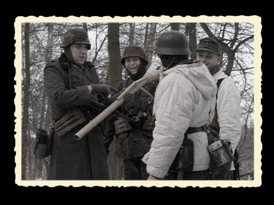 K ażdy z nas pochodzi z innej części Wrocławia, dlatego postanowiliśmy rekonstruować żołnierzy oddziałów, które walczyły w miejscach, w których mieszkamy.