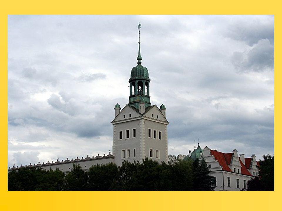 Jasne Błonia – pomnik Jana Pawła II