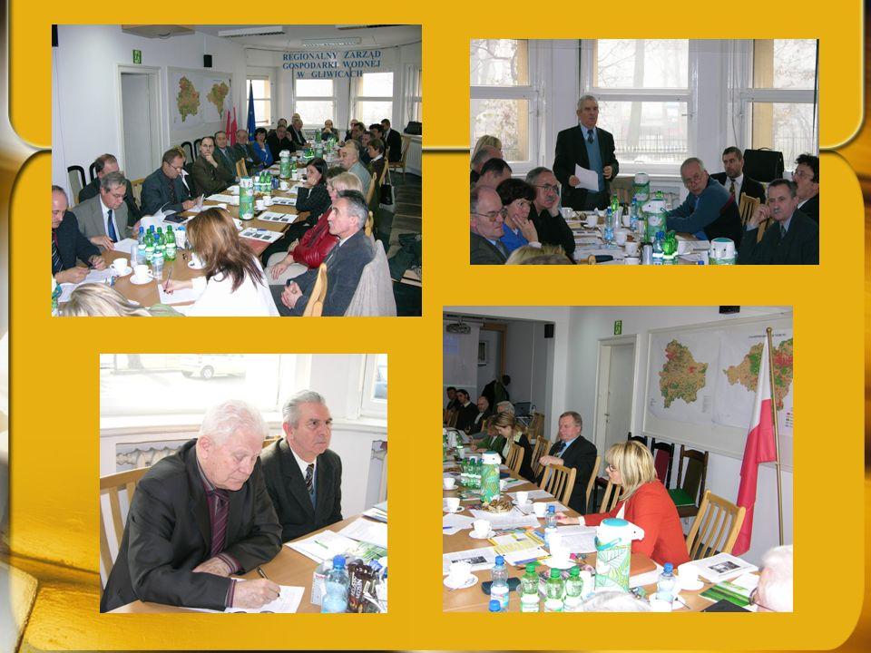 Przewodniczący Rady MW otworzył dyskusję na temat omówionych zagadnień. Zwrócił również uwagę, że przedmiotowy temat był omawiany na posiedzeniu Stały