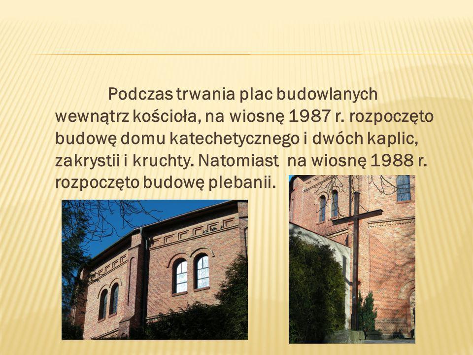 Podczas trwania plac budowlanych wewnątrz kościoła, na wiosnę 1987 r.