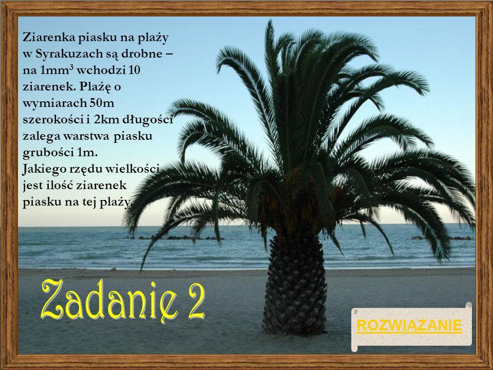 Ziarenka piasku na plaży w Syrakuzach są drobne – na 1mm 3 wchodzi 10 ziarenek. Plażę o wymiarach 50m szerokości i 2km długości zalega warstwa piasku