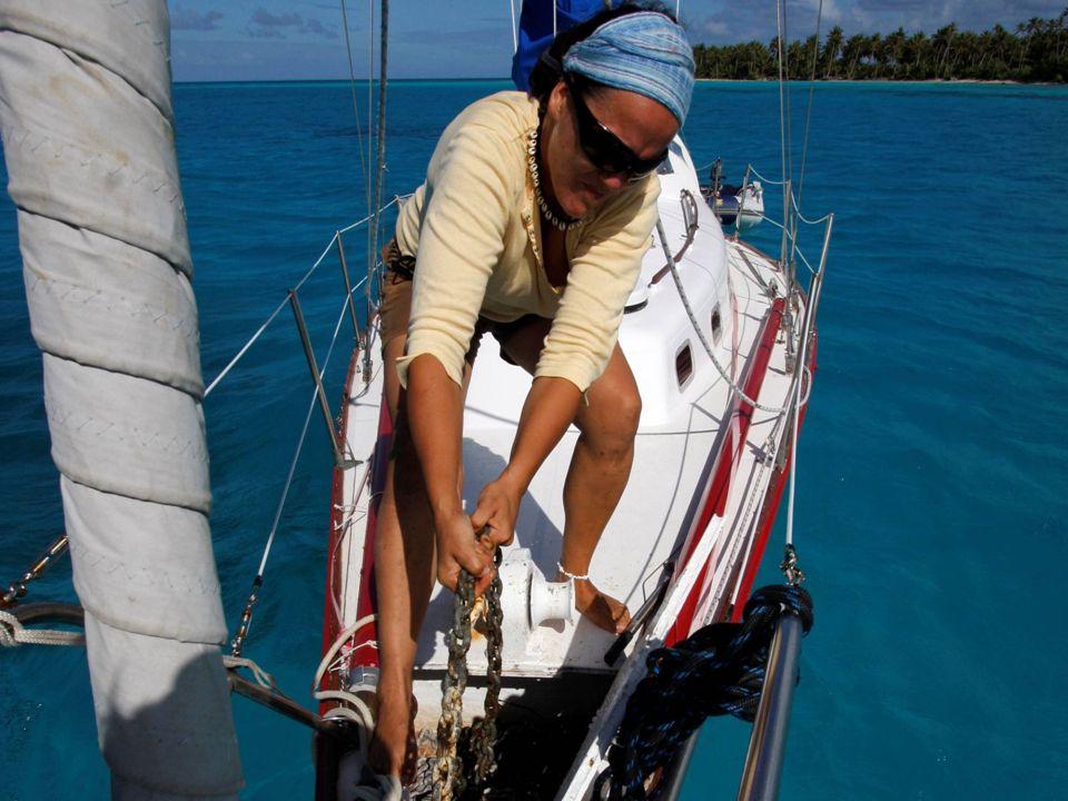 SAMOTNY REJS DOOKO Ł A ZIEMI z i do Honolulu na Hawajach Start: 27 lipca 2007 rok Zako ń czenie: 01 grudnia 2009 rok Jacht S&S 34 TANASZA POLSKA USTKA