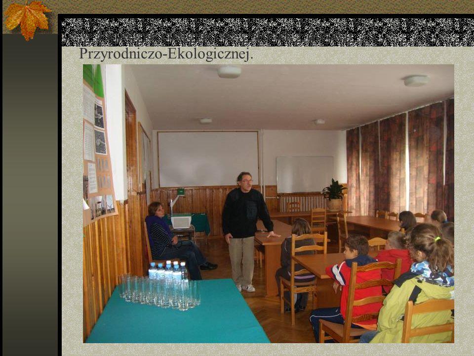 W Popielnie znajduje się Ośrodek Edukacji Przyrodniczo-Ekologicznej.