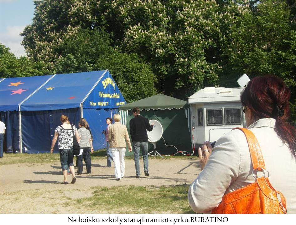 Na boisku szkoły stanął namiot cyrku BURATINO