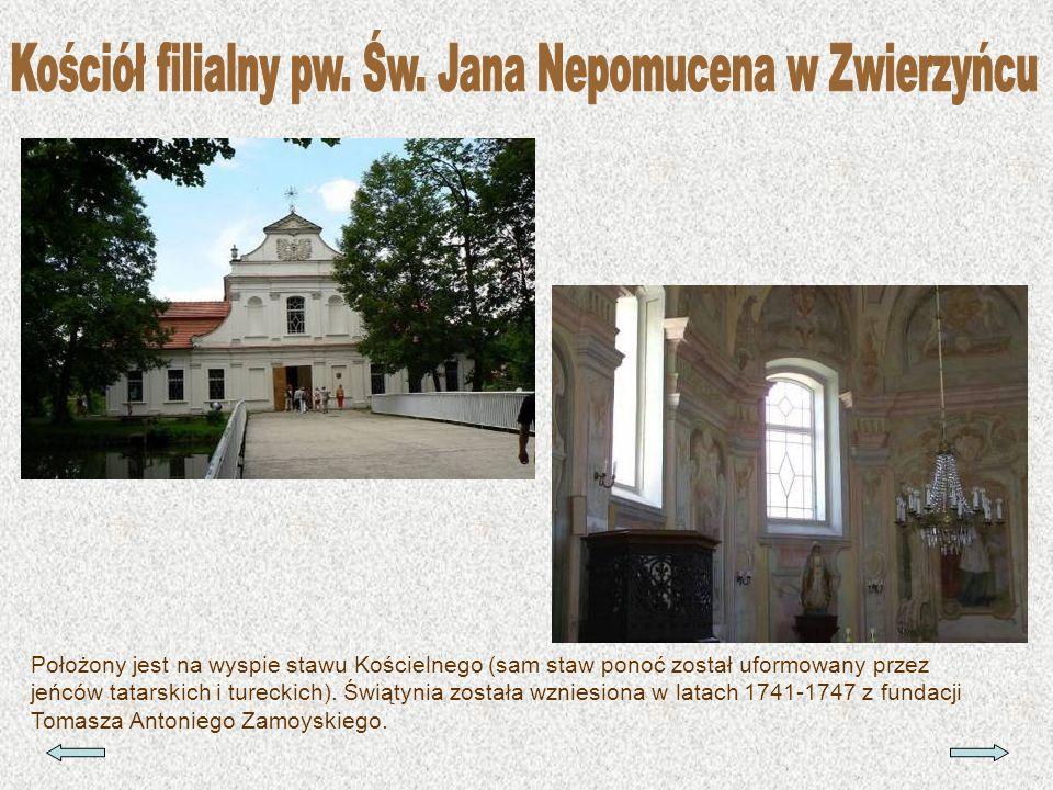 Położony jest na wyspie stawu Kościelnego (sam staw ponoć został uformowany przez jeńców tatarskich i tureckich). Świątynia została wzniesiona w latac