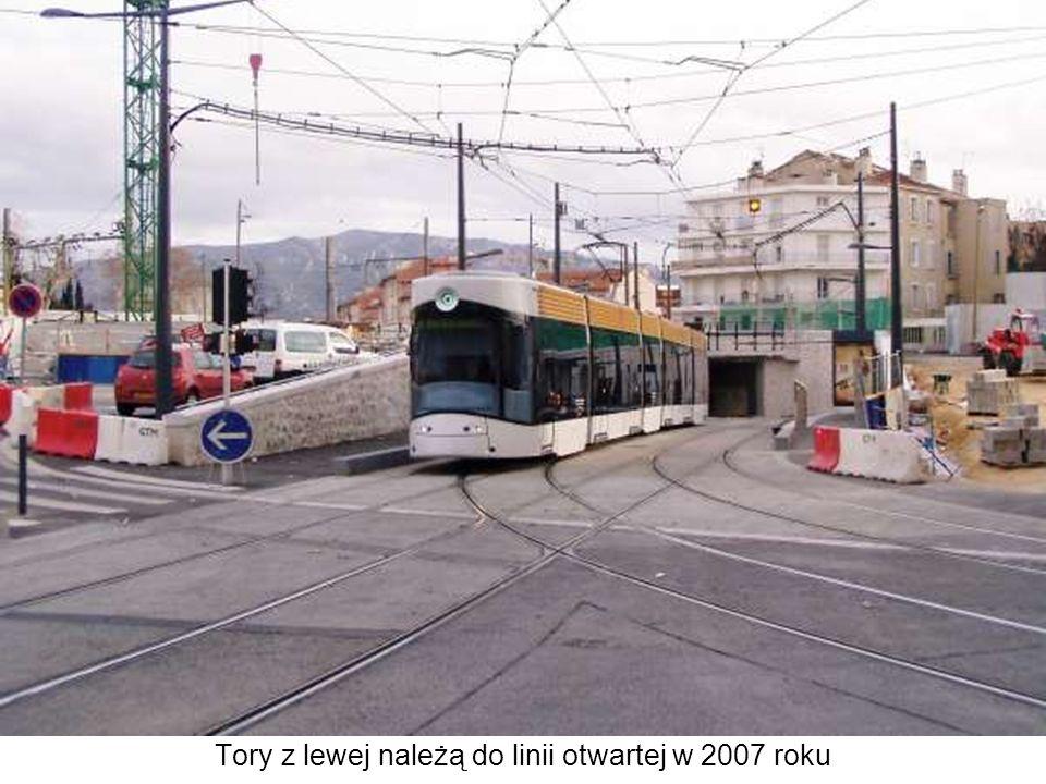Tory z lewej należą do linii otwartej w 2007 roku