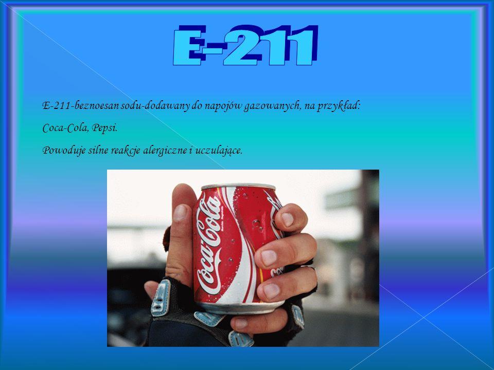 E-200 jest to tak zwany utwardzacz, używa się go do zagęszczania masy serowej, marmolady, lub do utwardzania margaryny. Wywołuje najczęściej reakcje a