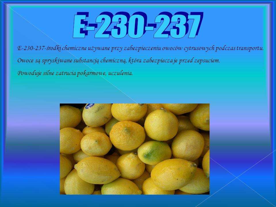E-211-beznoesan sodu-dodawany do napojów gazowanych, na przykład: Coca-Cola, Pepsi. Powoduje silne reakcje alergiczne i uczulające.