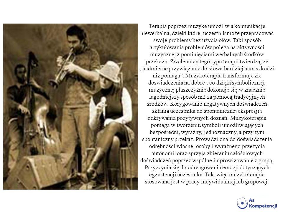 Terapia poprzez muzykę umożliwia komunikacje niewerbalna, dzięki której uczestnik może przepracować swoje problemy bez użycia słów. Taki sposób artyku