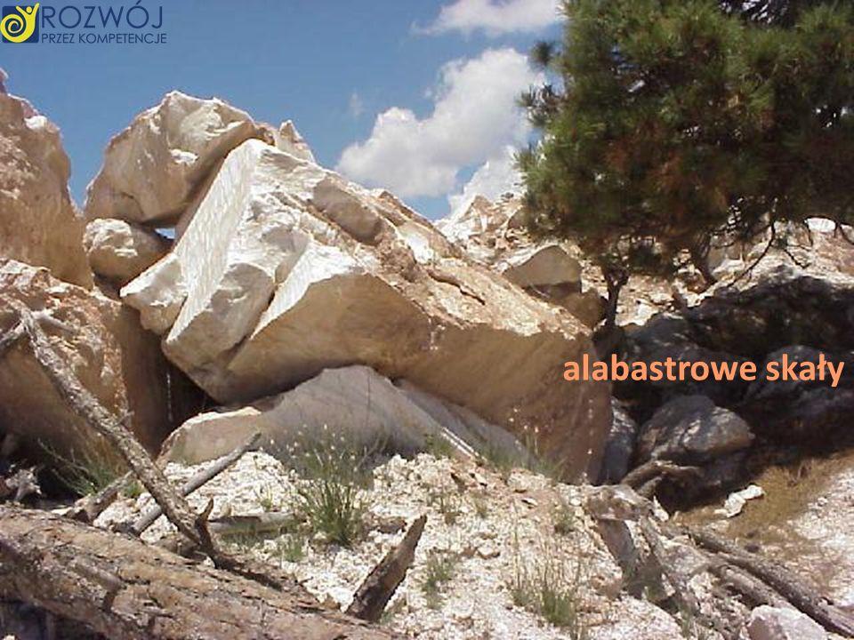 alabastrowe skały