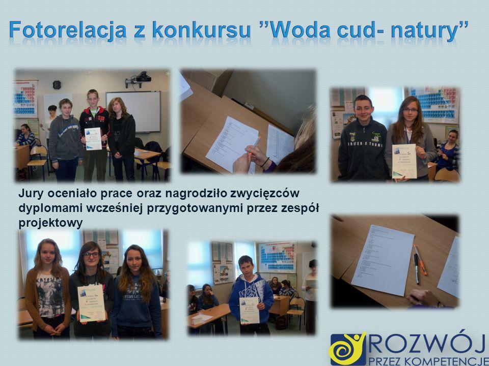Jury oceniało prace oraz nagrodziło zwycięzców dyplomami wcześniej przygotowanymi przez zespół projektowy