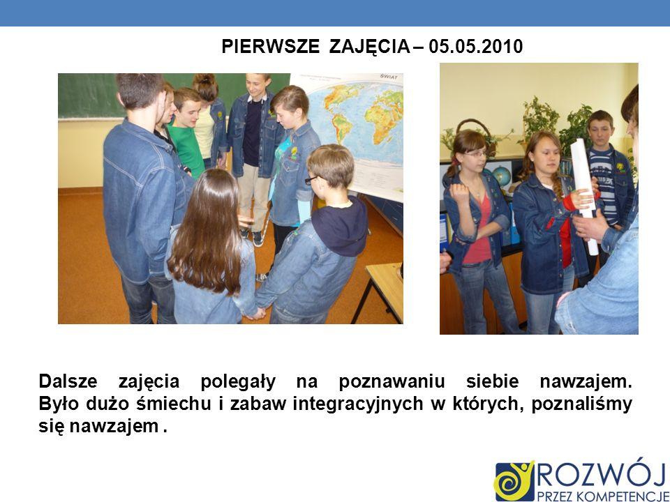 ZAJĘCIA PIĄTE- 17.05.2010 Po przypomnieniu przez panią wiadomości z zakresu matematyki, z wielkim zapałem wzięliśmy się do pracy w grupach.