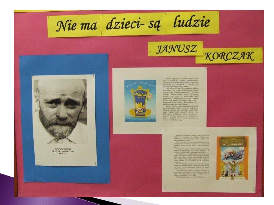 Na szkolnych korytarzach pojawiły się gazetki dotyczące ROKU JANUSZA KORCZAKA.
