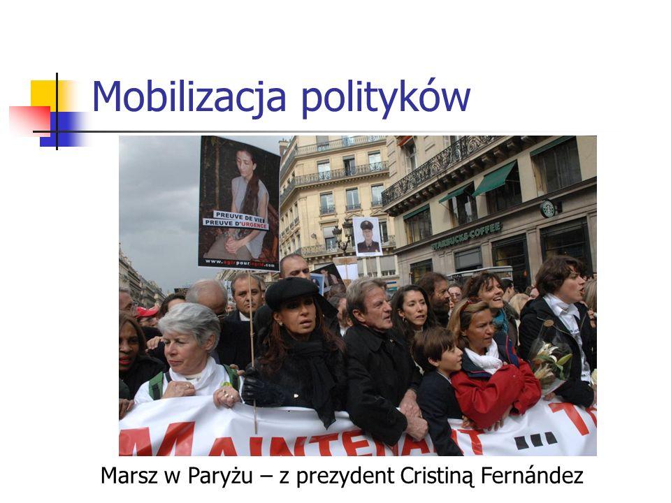 Mobilizacja polityków Marsz w Paryżu – z prezydent Cristiną Fernández