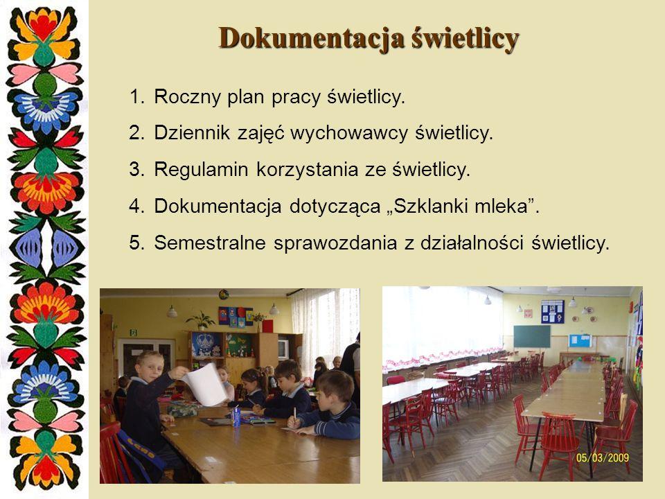7.Zajęcia w Internetowym Centrum Informacji Multimedialnej – uczniowie mogą w ramach zajęć świetlicowych korzystać z Internetu.