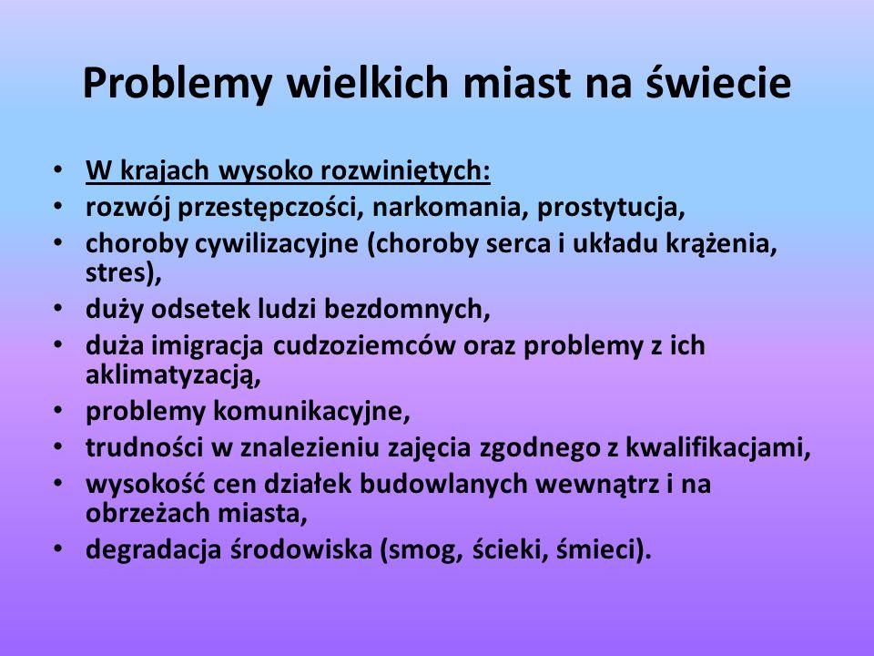 Bibliografia Geografia gospodarcza świata.Polskie Wydawnictwo Ekonomiczne, Warszawa 1998.