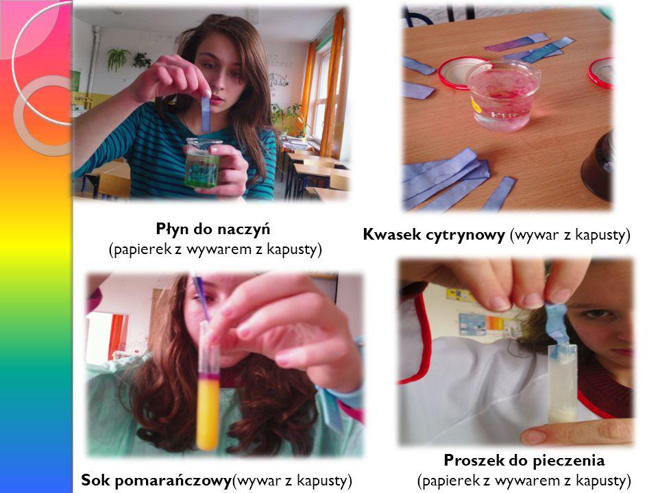 Papierek uniwersalny i inne wskaźniki barwią się na różne kolory zgodnie z tym czy badana substancja posiada odczyn zasadowy, czy kwasowy.