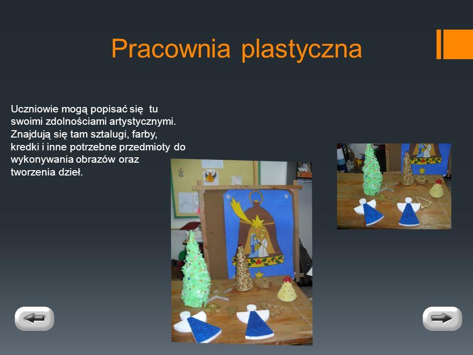 Pracownia plastyczna Uczniowie mogą popisać się tu swoimi zdolnościami artystycznymi.