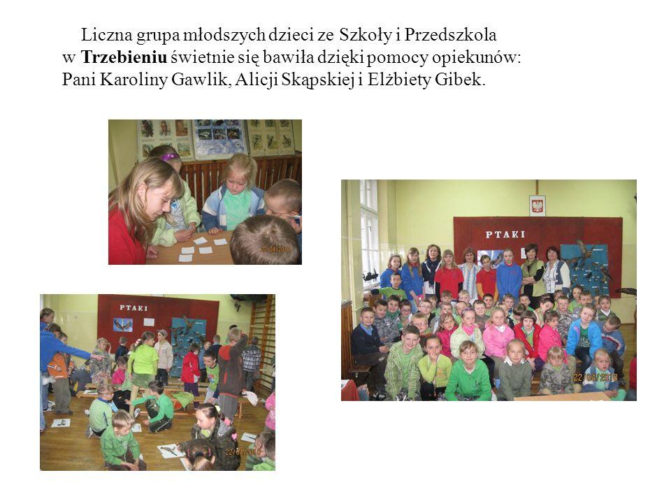 Liczna grupa młodszych dzieci ze Szkoły i Przedszkola w Trzebieniu świetnie się bawiła dzięki pomocy opiekunów: Pani Karoliny Gawlik, Alicji Skąpskiej