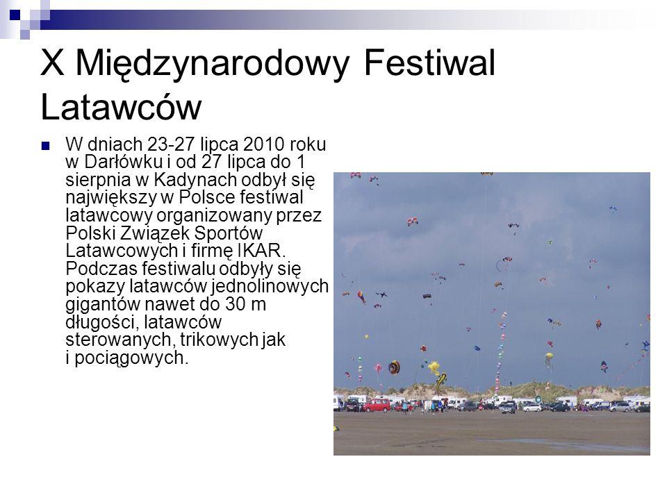 XI Międzynarodowy Festiwal Latawców Łeba 2011 Uczestnicy festiwalu przybyli 8 lipca.