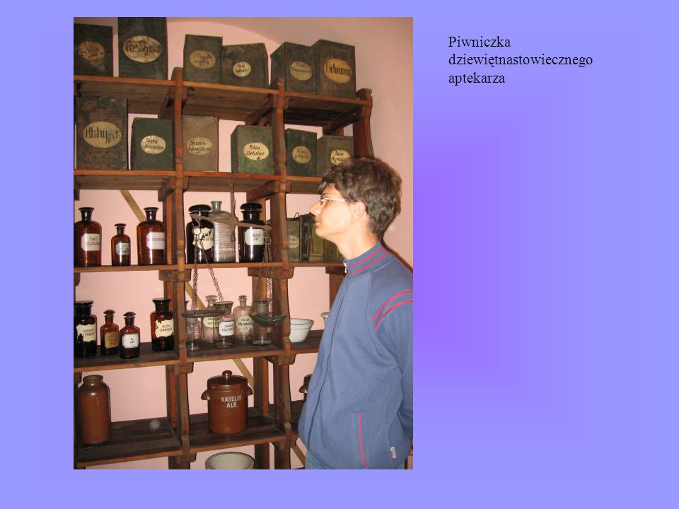 Piwniczka dziewiętnastowiecznego aptekarza