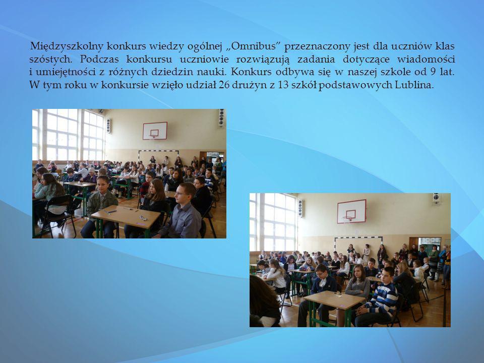 Międzyszkolny konkurs wiedzy ogólnej Omnibus przeznaczony jest dla uczniów klas szóstych. Podczas konkursu uczniowie rozwiązują zadania dotyczące wiad