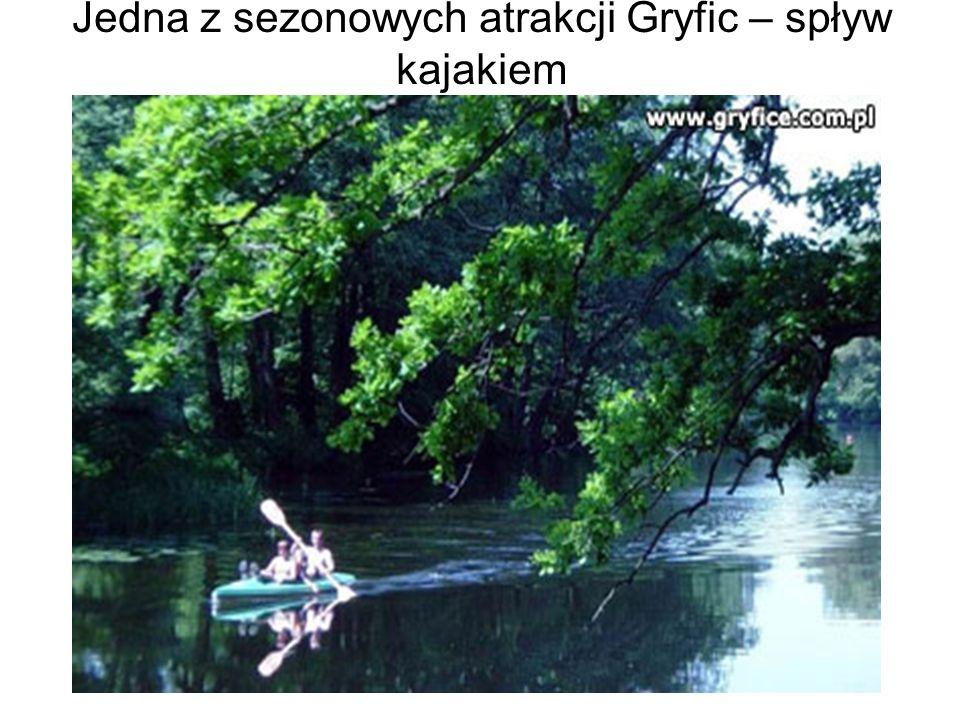 Jedna z sezonowych atrakcji Gryfic – spływ kajakiem