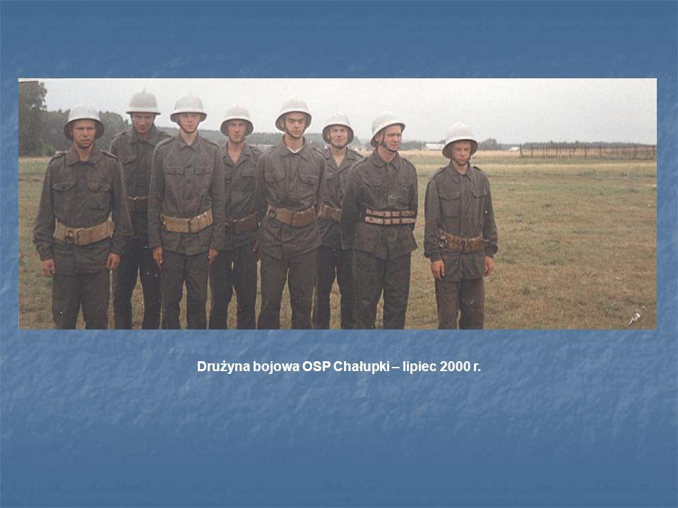 Drużyna bojowa OSP Chałupki – lipiec 2000 r.