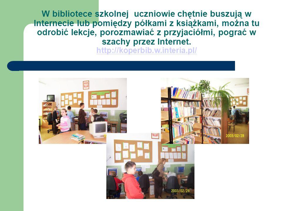W bibliotece są organizowane wystawy, z których uczniowie dowiadują się o tym jak żyli ich przodkowie, jak rozwijały się różne dyscypliny sportowe, jak obchodzono dawniej święta Bożego Narodzenia.