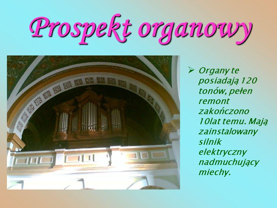 Kaplica Matki Bożej Różańcowej Słynący w okolicy wieloma łaskami obraz. Odpust 7października. Ołtarz barokowy.