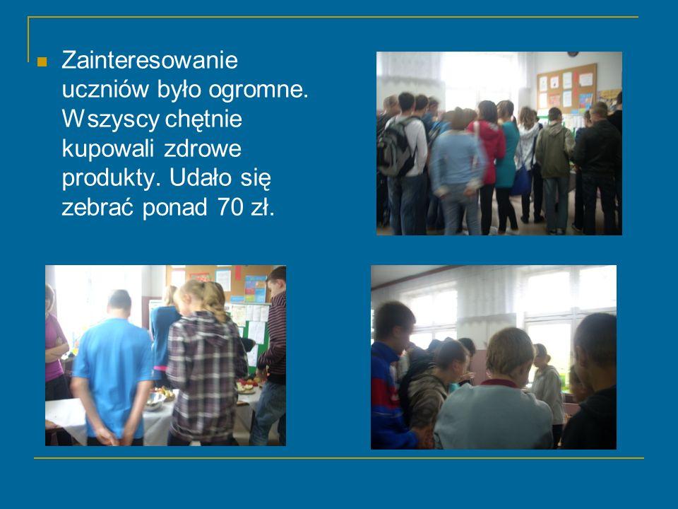 Zainteresowanie uczniów było ogromne. Wszyscy chętnie kupowali zdrowe produkty. Udało się zebrać ponad 70 zł.