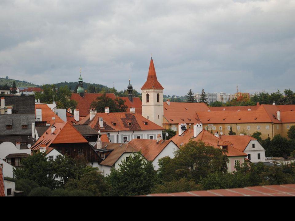 To malownicze miasteczko na południu Czech leży w zakolu głębokiej doliny Wełtawy.