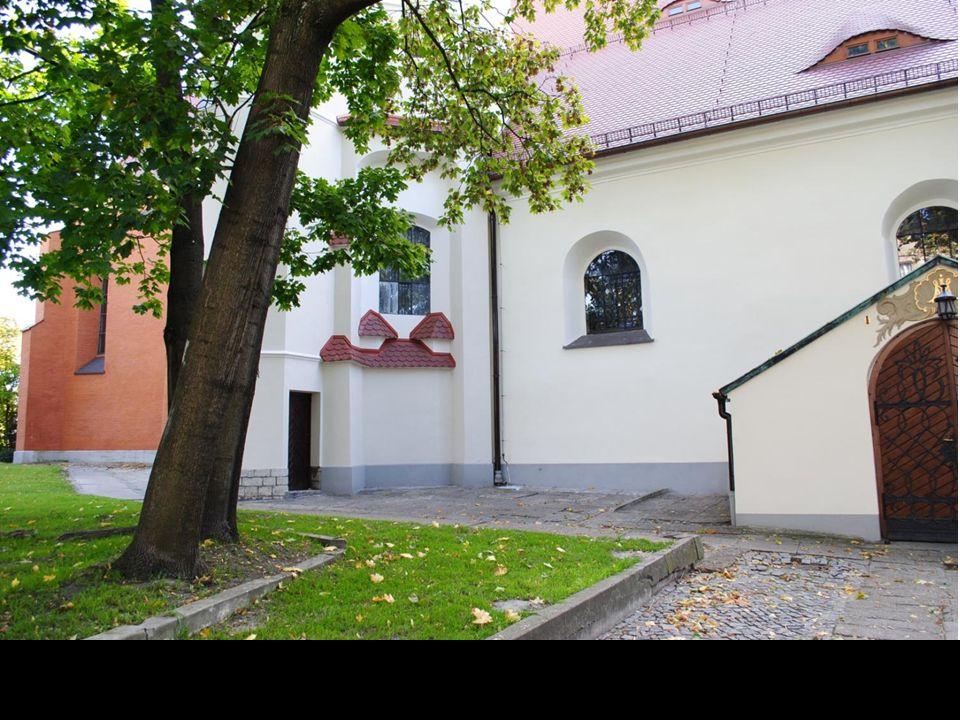 Opolska Nike.Autorem pomnika stojącego na Placu Wolności jest opolanin Jan Borowczyk.