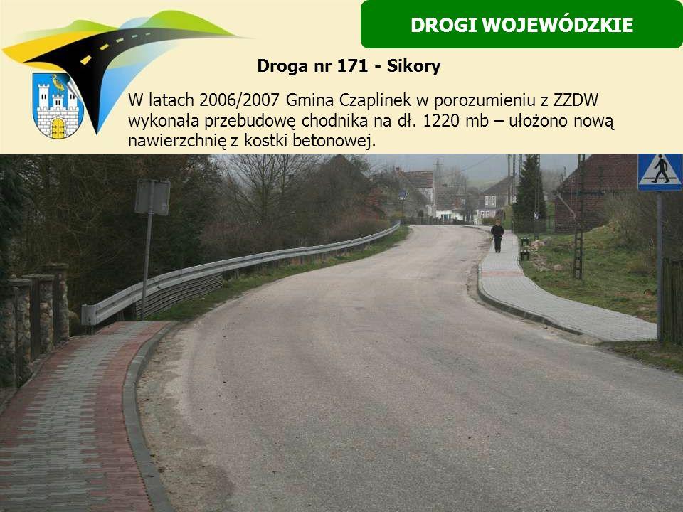 W latach 2006/2007 Gmina Czaplinek w porozumieniu z ZZDW wykonała przebudowę chodnika na dł. 1220 mb – ułożono nową nawierzchnię z kostki betonowej. D