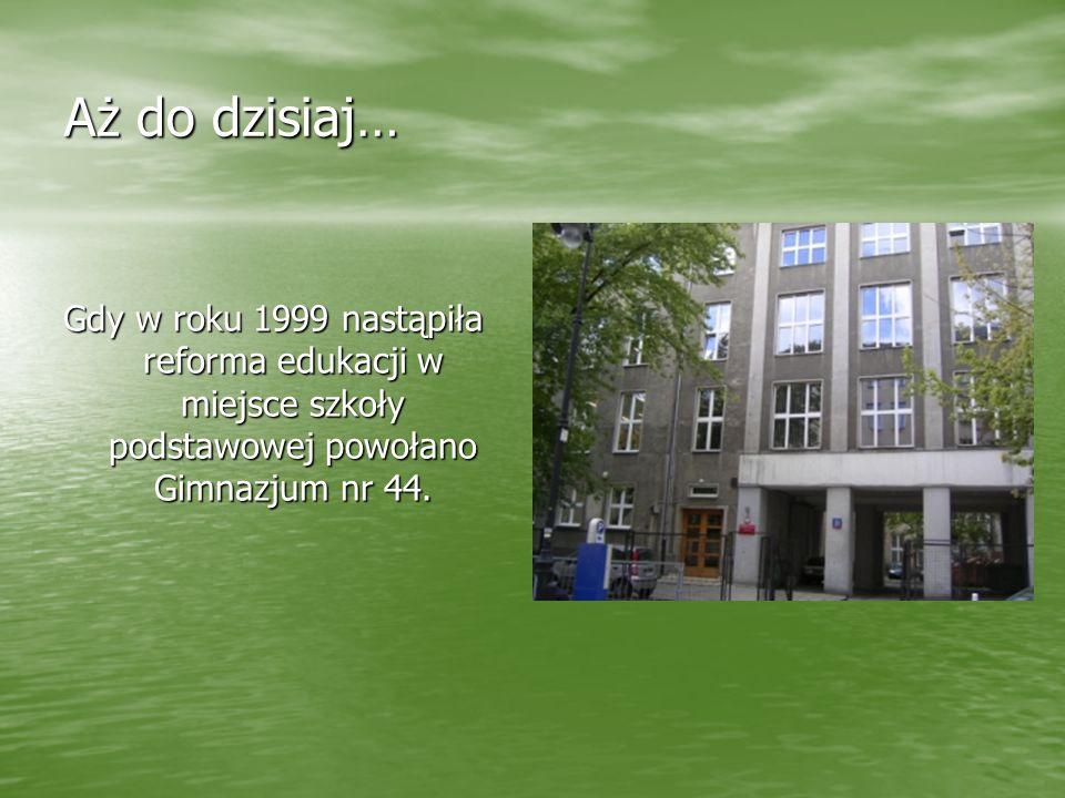 Szkoła posiada wielu wybitnych absolwentów m.in..: Tadeusza Kotarbińskiego - czołowego polskiego filozofa, Tadeusza Kotarbińskiego - czołowego polskie