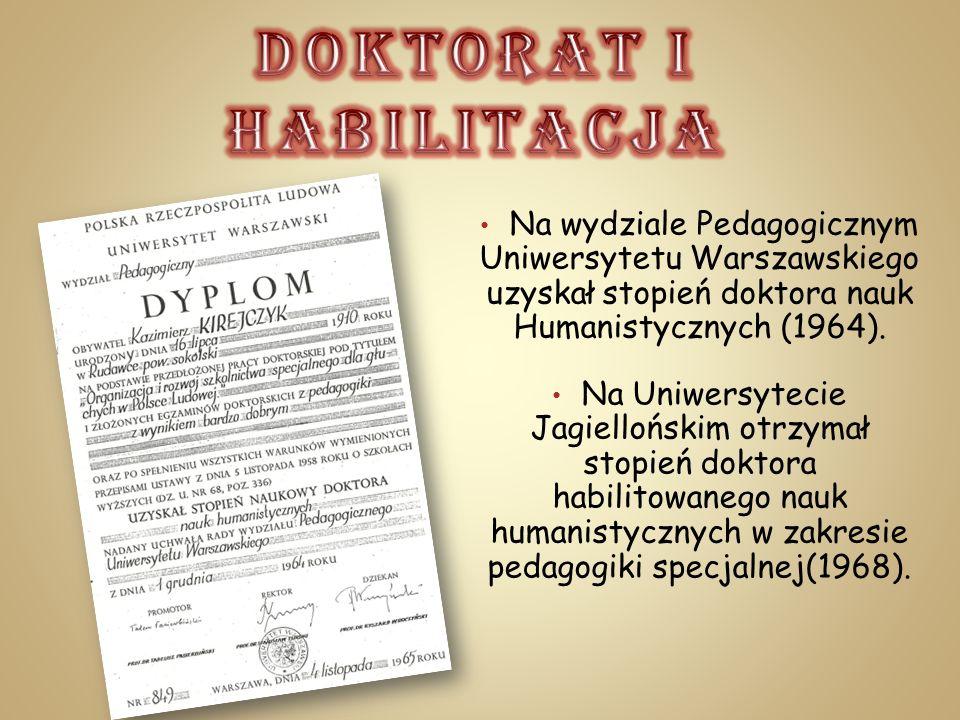 Na wydziale Pedagogicznym Uniwersytetu Warszawskiego uzyskał stopień doktora nauk Humanistycznych (1964). Na Uniwersytecie Jagiellońskim otrzymał stop