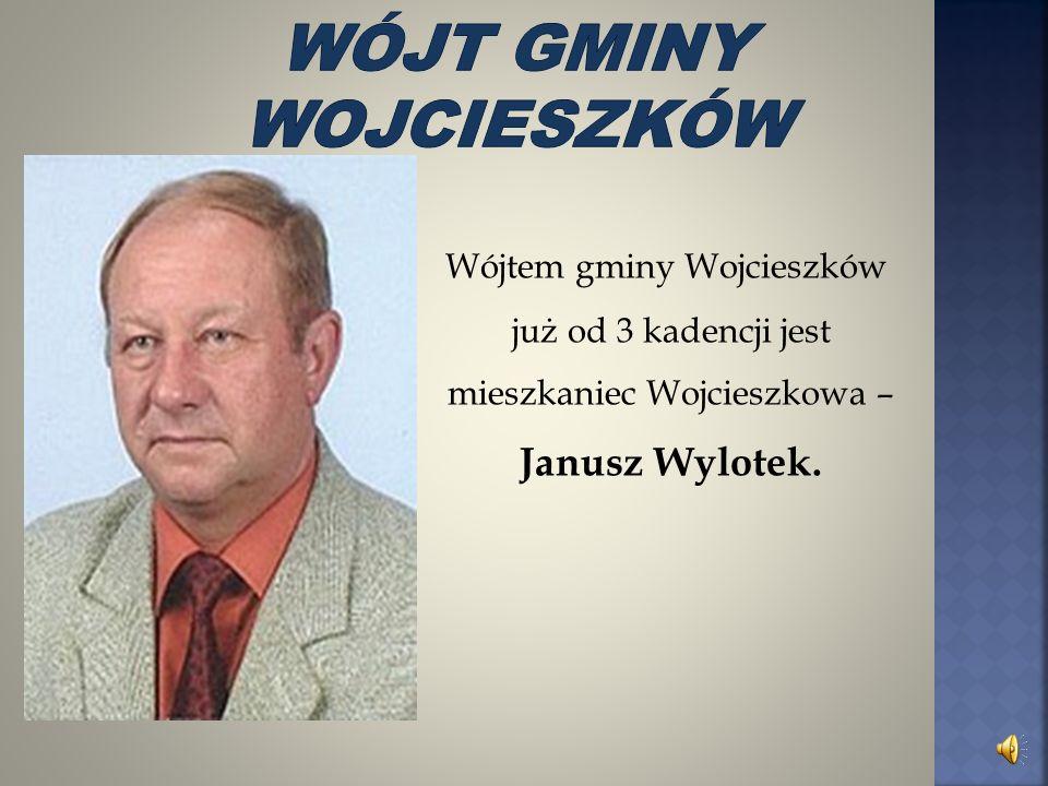 Wójt Gminy - Janusz Wylotek Sekretarz Gminy - Barbara Lotek Skarbnik Gminy - Zofia Smarz Dyrektor GZEAS-u - Zofia Mazur