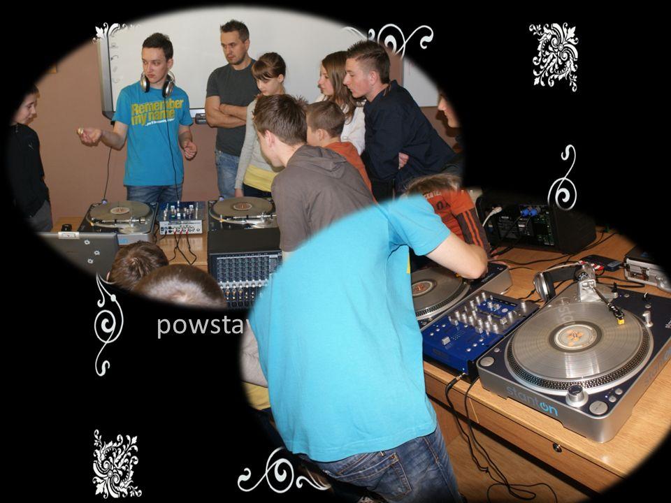 Lekcja z DJem Warsztaty mają na celu Zainteresowanie dzieci muzyką.