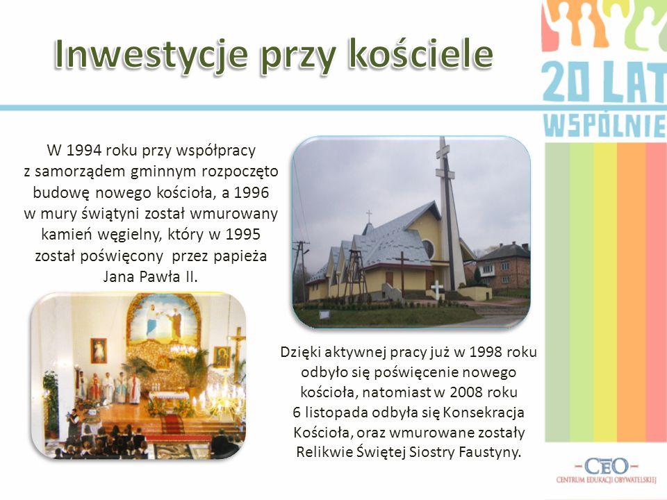 W 1994 roku przy współpracy z samorządem gminnym rozpoczęto budowę nowego kościoła, a 1996 w mury świątyni został wmurowany kamień węgielny, który w 1995 został poświęcony przez papieża Jana Pawła II.