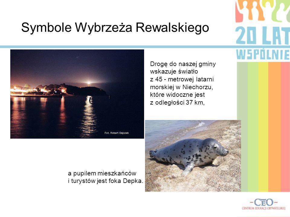 Symbole Wybrzeża Rewalskiego a pupilem mieszkańców i turystów jest foka Depka. Drogę do naszej gminy wskazuje światło z 45 - metrowej latarni morskiej