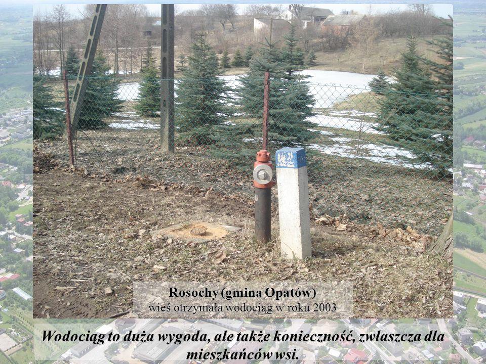 W naszej pracy ukazane są zmiany, jakie zaszły w latach 1989-2009, na terenie Miasta i Gminy Opatów.