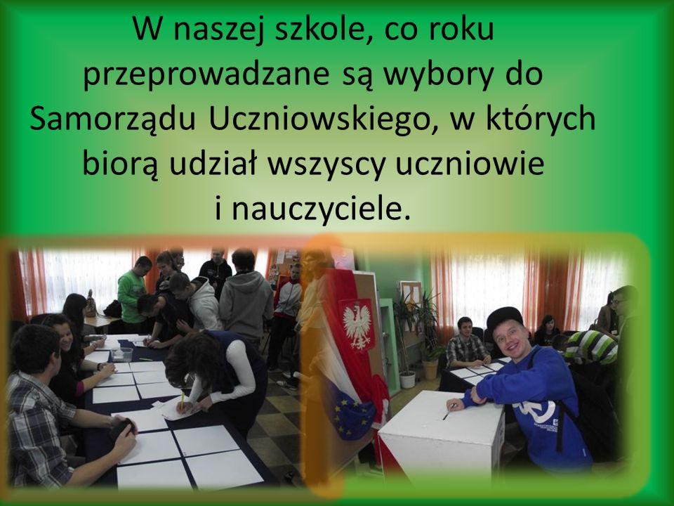 W naszej szkole, co roku przeprowadzane są wybory do Samorządu Uczniowskiego, w których biorą udział wszyscy uczniowie i nauczyciele.
