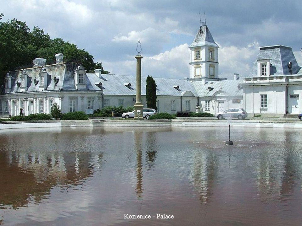 Jabłonna - Palace