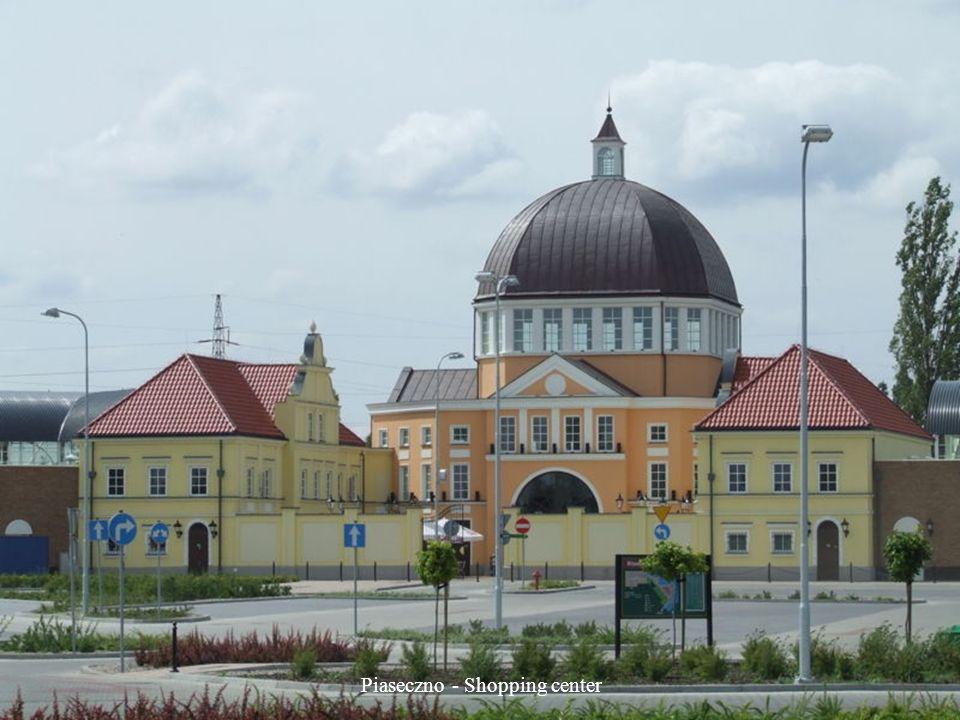 Otwock Wielki - Palace