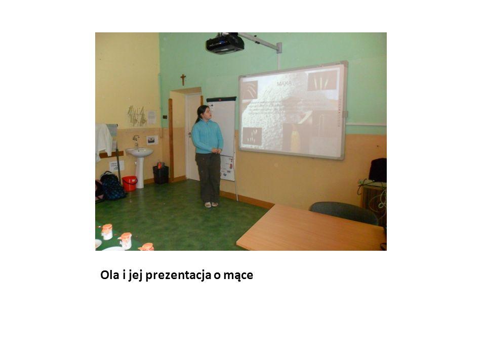 Ola i jej prezentacja o mące