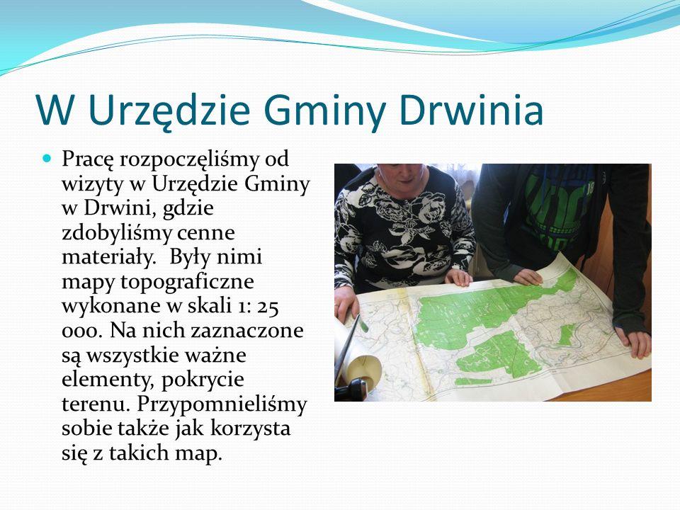 W Urzędzie Gminy Drwinia Pracę rozpoczęliśmy od wizyty w Urzędzie Gminy w Drwini, gdzie zdobyliśmy cenne materiały.