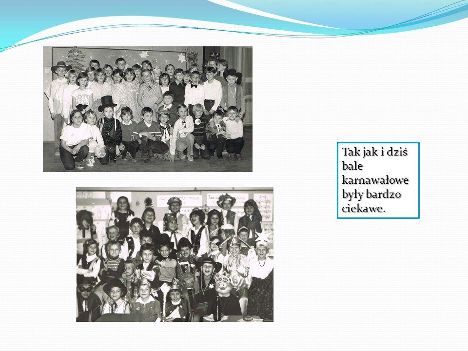 W siódmej klasie czyli teraz w pierwszej gimnazjum wszyscy byli już trochę bardziej poważni, a zdjęcia były bardziej kolorowe.