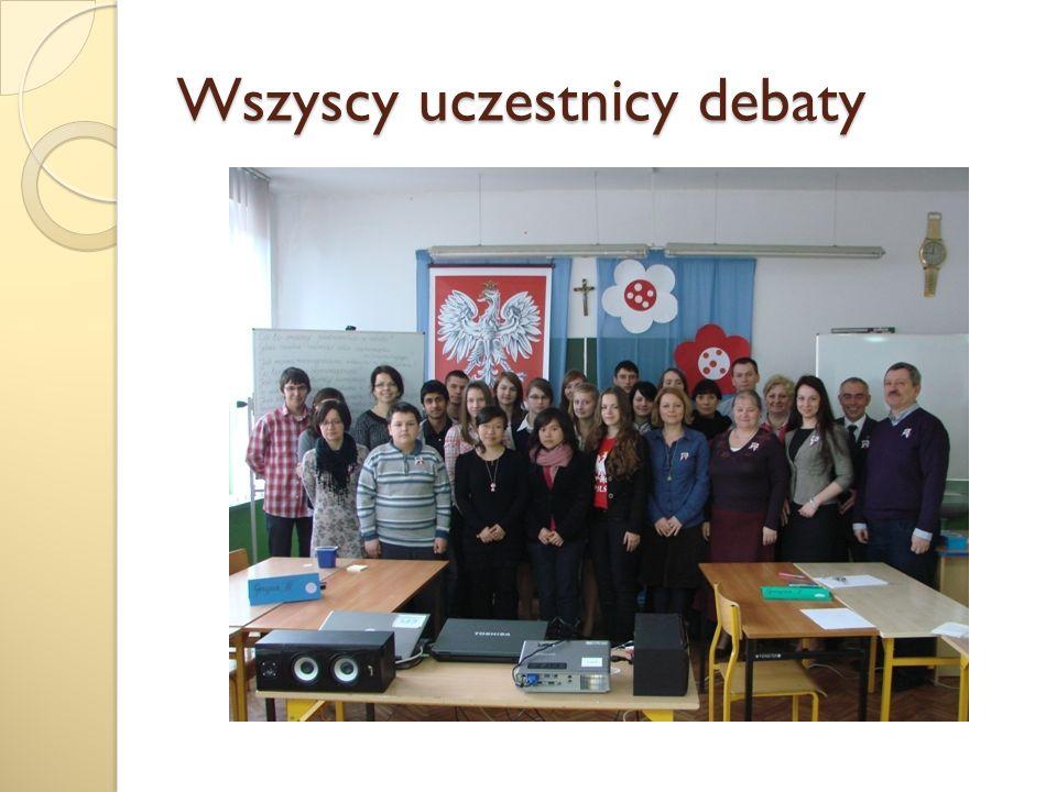 Absolwentka naszej szkoły, uczestniczka XVII Sesji podzieliła się z uczestnikami debaty wrażeniami z zeszłorocznych obrad Sejmu.
