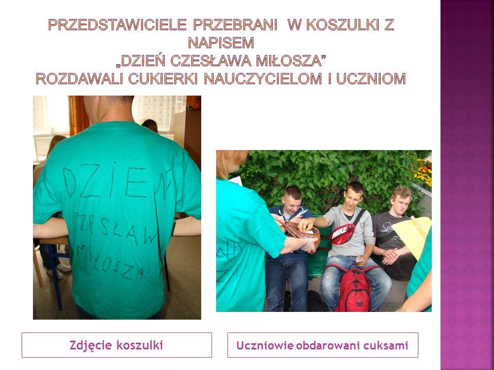 Zdjęcie koszulki Uczniowie obdarowani cuksami