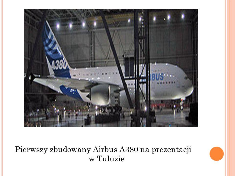Pierwszy zbudowany Airbus A380 na prezentacji w Tuluzie
